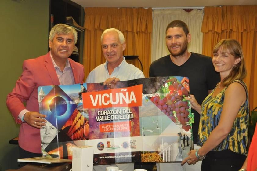 Visita del Alcalde de Vicuña (Chile)